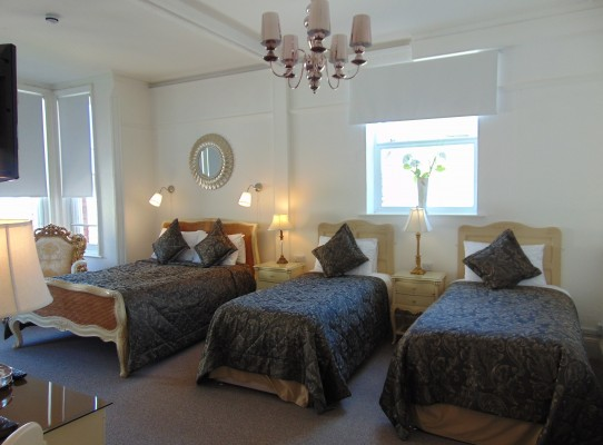 Family Accommodation En Suite